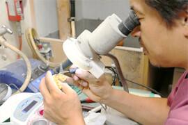 歯科技工所併設だから、実現できる時間短縮と高い適合性